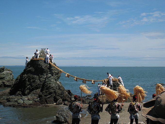二見興玉神社もすぐそこ!恋の最強パワースポット「夫婦岩」