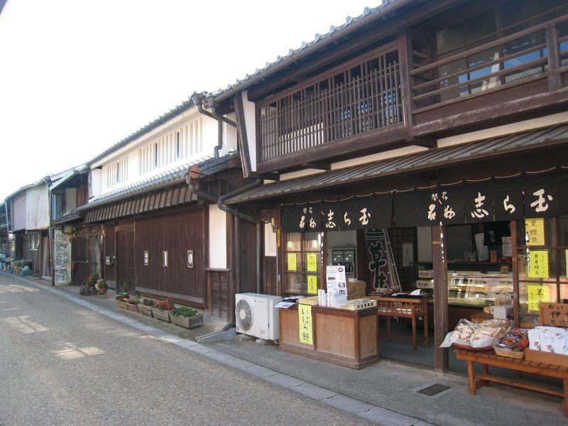 東海道五十三次の宿場町「関宿」で江戸情緒あふれる散策はいかがですか?