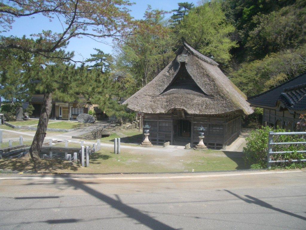 1000年のパワーを!「能生白山(のうはくさん)神社」