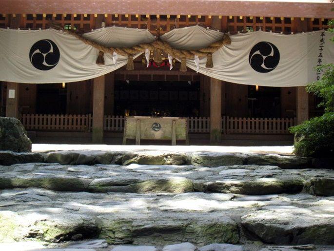 恋のパワーも!伊勢の国一之宮「椿大神社」で人生の迷いを吹き飛ばそう