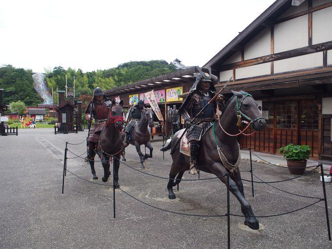いざ合戦!躍動感のある戦国武将の騎馬姿!