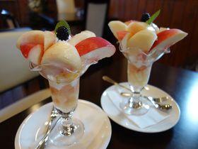 桃の郷山梨・自家農園の桃を使った絶品パフェが食べられるお店3選|山梨県|トラベルjp<たびねす>