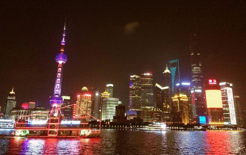 上海の「今と昔」を夜景で感じよう!一晩で見比べたい新旧ふたつの美しいライトアップ