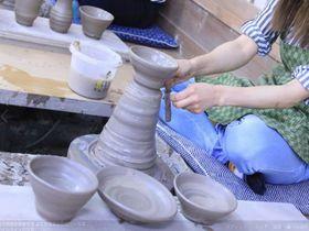 まるでテーマパーク!益子焼の窯元「よこやま」で陶芸体験もグルメも|栃木県|トラベルjp<たびねす>