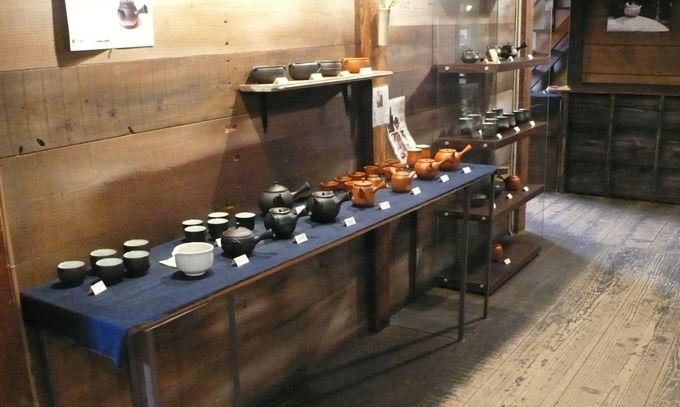 「陶磁器と対峙する」女性オーナーの店