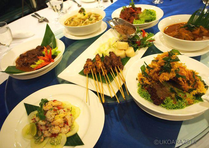 ロージーカフェでマレーシアの伝統料理を味わおう