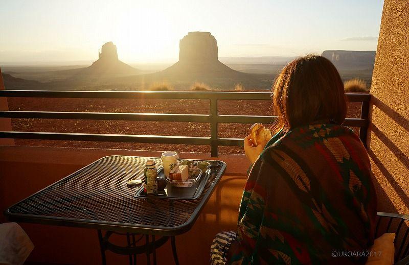 バルコニーで世界一の絶景朝ごはん