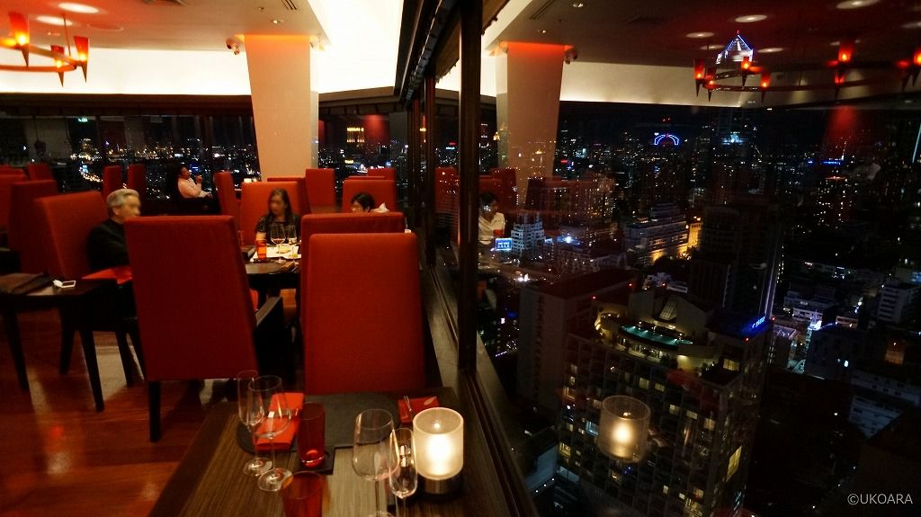 31階の夜景を楽しめるステーキレストラン&バー