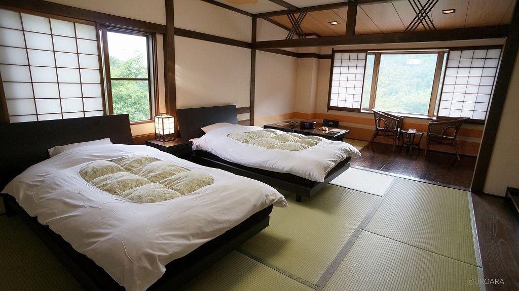 特別豪雪地帯の秘湯・信州小谷村のモダンな宿「雨飾荘」