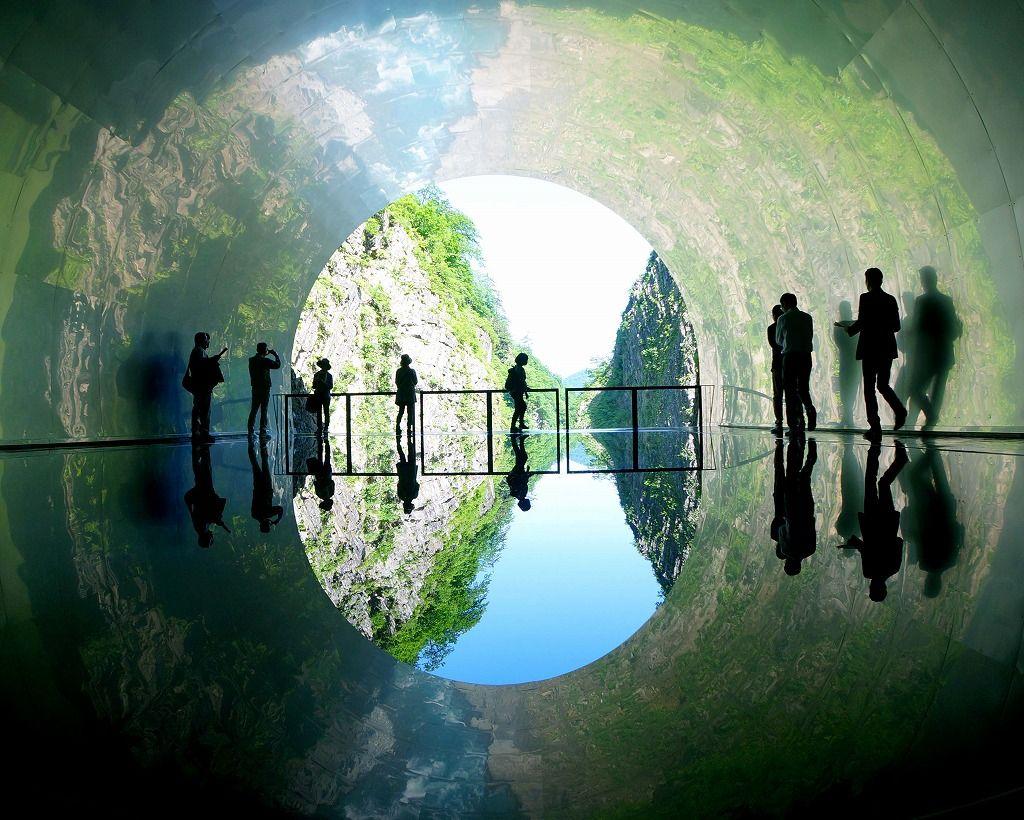 自然美とアートのコラボ「清津峡渓谷トンネル」がリニューアル
