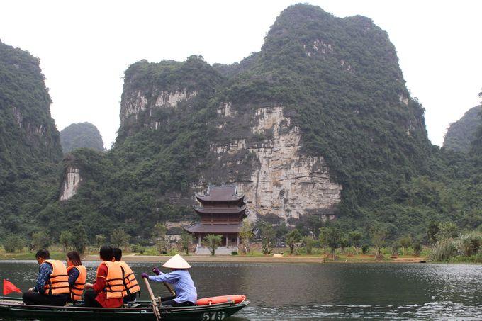 世界遺産チャンアンを手漕ぎボートでクルーズ!