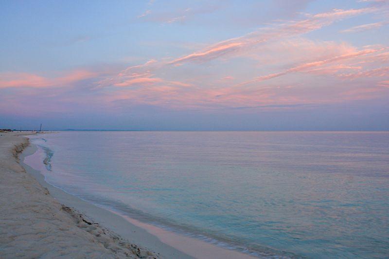 パステルカラーのカリブ海