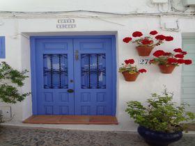 お伽噺の世界!スペインの「白い村」フリヒリアナとネルハはカップリングで