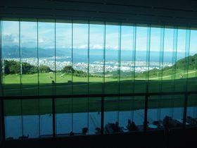富士山と駿河湾を目の前に望む!静岡「日本平ホテル」で極上の絶景とアートを堪能