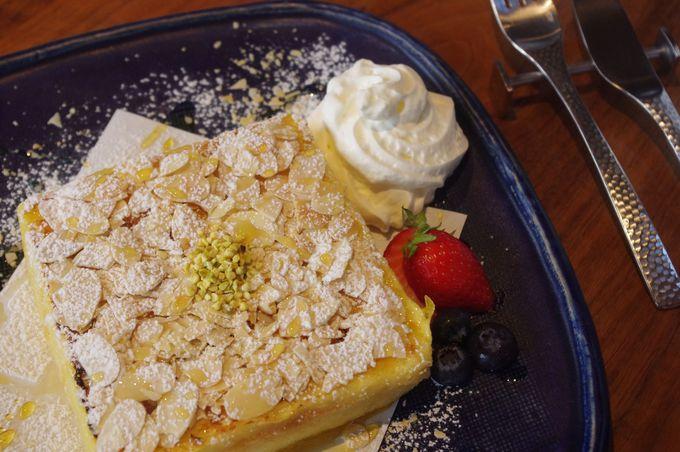 ふわっふわ!究極のフレンチトースト「cafe ressete」