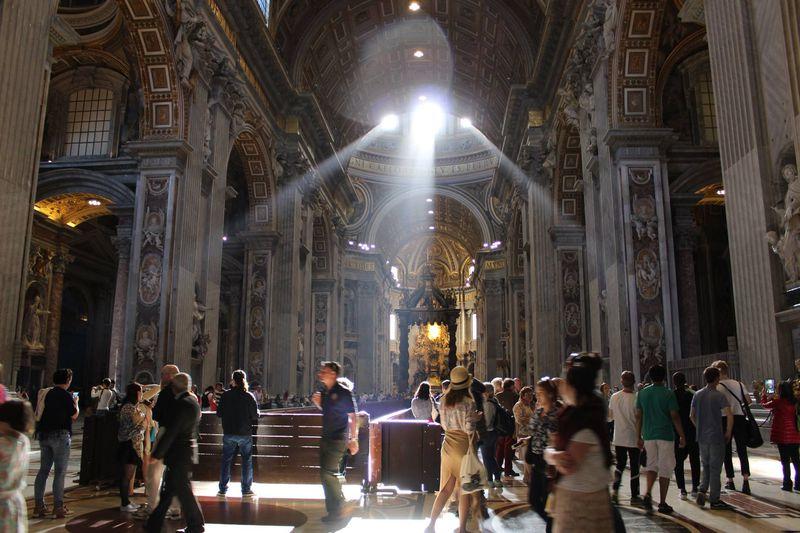 美しすぎる!内部も大迫力な「ローマ歴史地区」の建築物4選