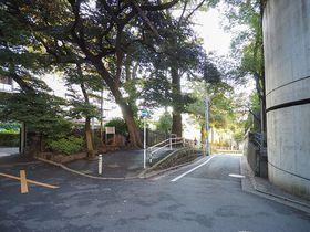 隠れ史跡スポット東京「代官山」目切坂で富士山を&上村坂で昭和の大スターを想う|東京都|トラベルjp<たびねす>