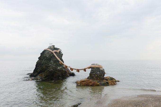 夫婦岩、満願蛙……ご利益スポットが沢山集まっている二見興玉神社もご参拝
