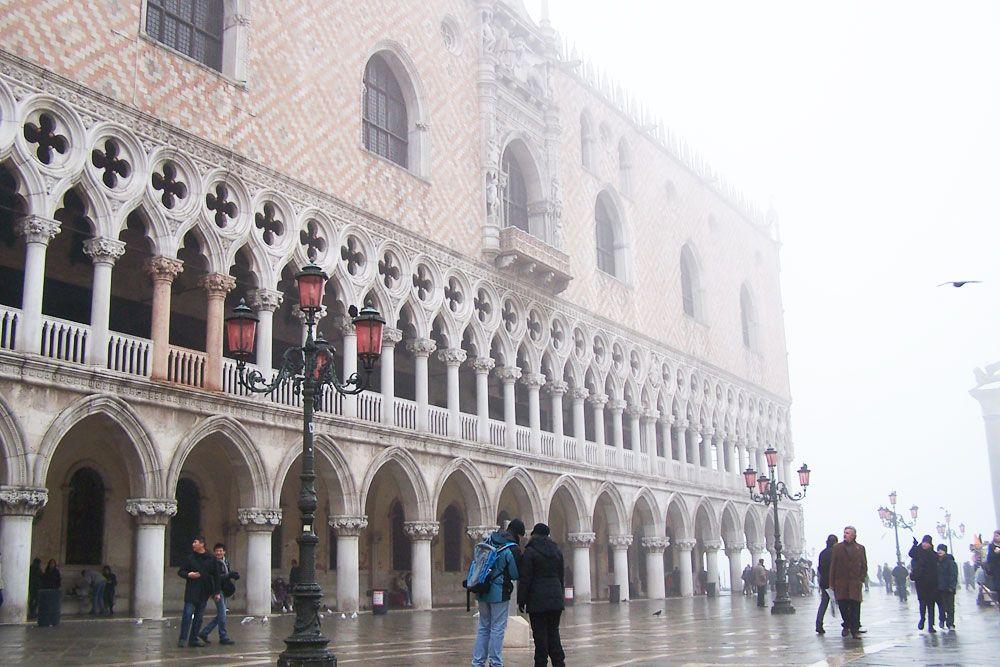 冬のヴェネツィアを堪能するため旅のプランニング