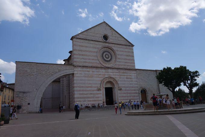 聖キアラ修道院