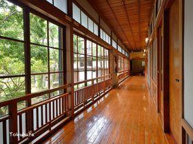 老舗宿で美人湯三昧!熊本県南部の小京都・人吉に建つ「人吉旅館」|熊本県|トラベルjp<たびねす>