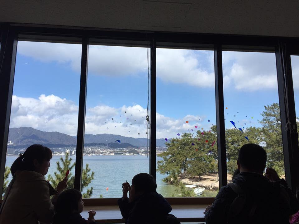 宮島の絶景とともにランチができる「みやじマリン キッチン」