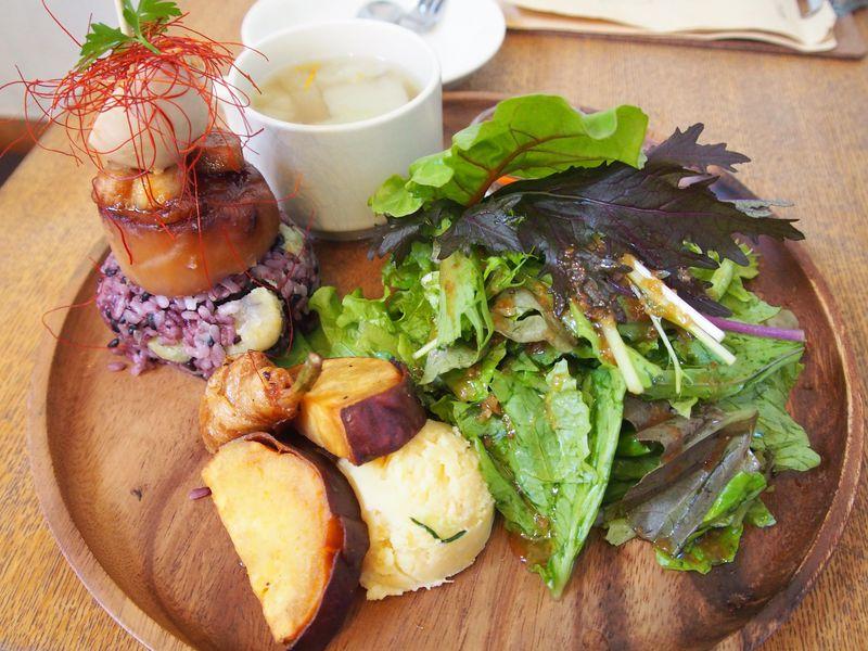 野菜たっぷりヘルシーランチ!埼玉・イモ街道「オイモカフェ」