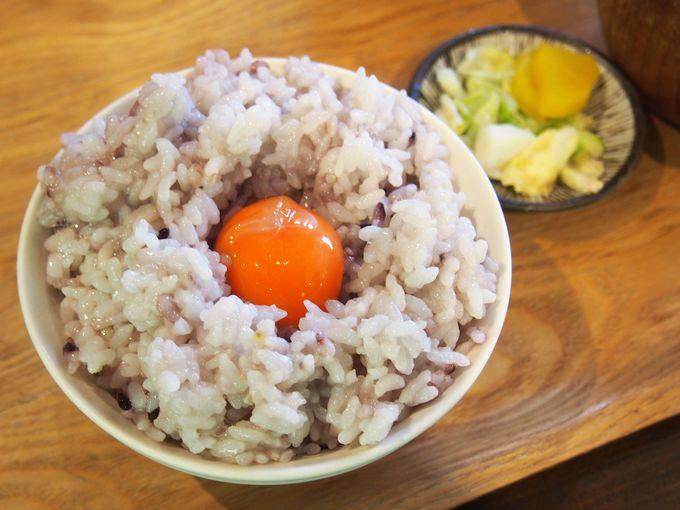 朝食はワンコインから!美味しい干物や卵の定食