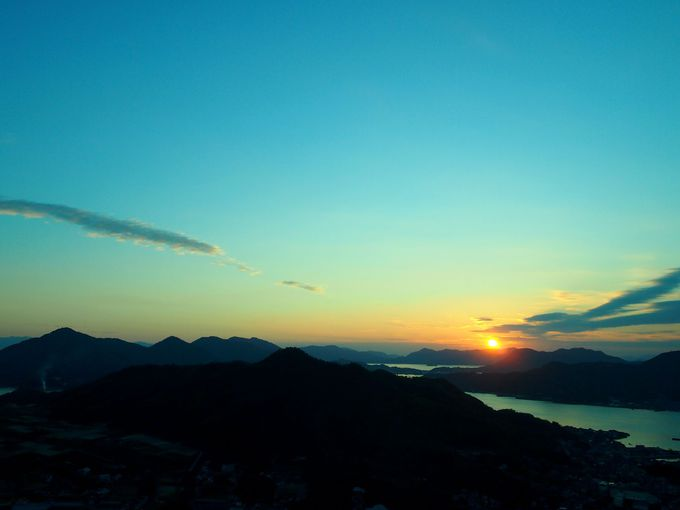 しまなみ海道の観光なら!美しすぎる穴場の夕日スポット「因島 白滝山」