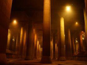 埼玉の世界最大級の地下建造物「首都圏外郭放水路」の見学方法|埼玉県|トラベルjp<たびねす>