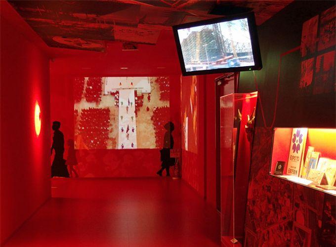 常設展の映像・資料で、46年前の万博会場にタイムスリップ!