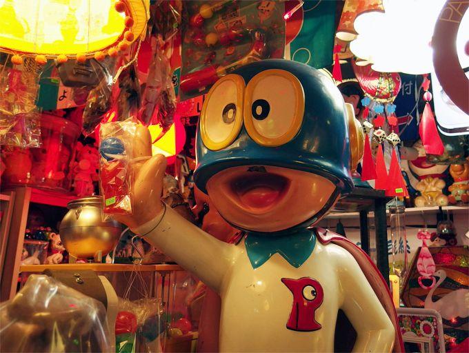 京都昭和レトロ「秘密基地」は怪し懐かし、ファンタスティックなヒミツの異空間!
