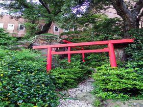 「いちべ神社」が中庭に!鳥羽「マリテーム海幸園」は有名人御用達の最強パワスポホテル!|三重県|トラベルjp<たびねす>
