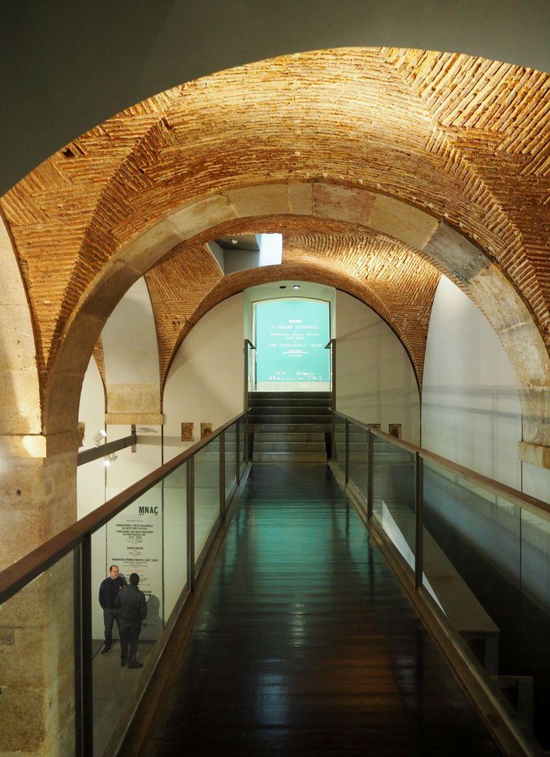 ポルトガルのリスボンで現代美術を観る!貴族の館でお食事も!