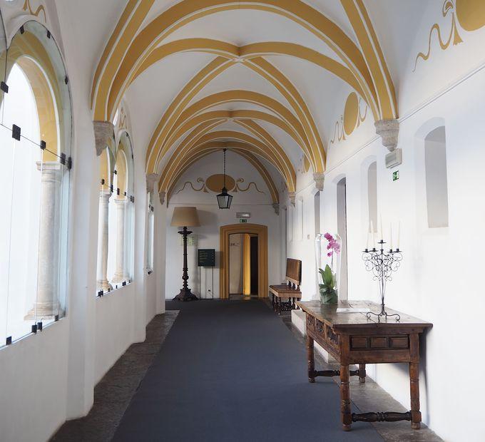 建物は元修道院!