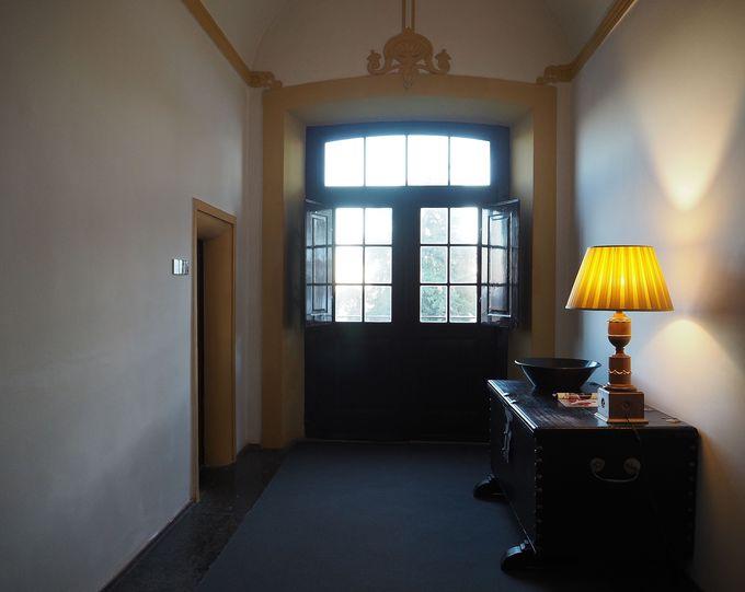 静かな客室は元僧房