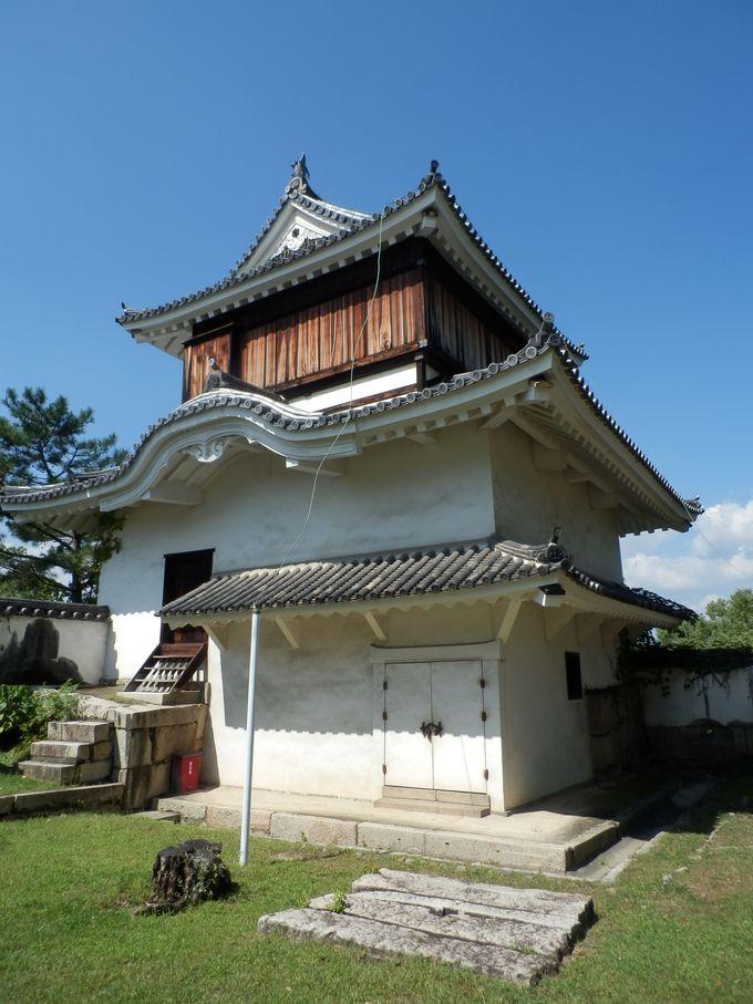 これが岡山の城!複合式の天守閣を持つ日本100名城「岡山城」