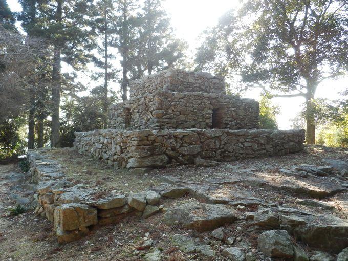 日本版ピラミッド!?熊山に眠る歴史遺産の代表格・熊山遺跡
