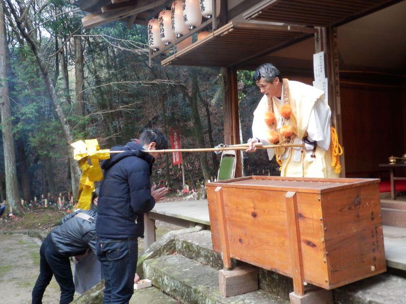 文化財を堪能しながら山伏祈祷!兵庫県三木市・伽耶院の正月