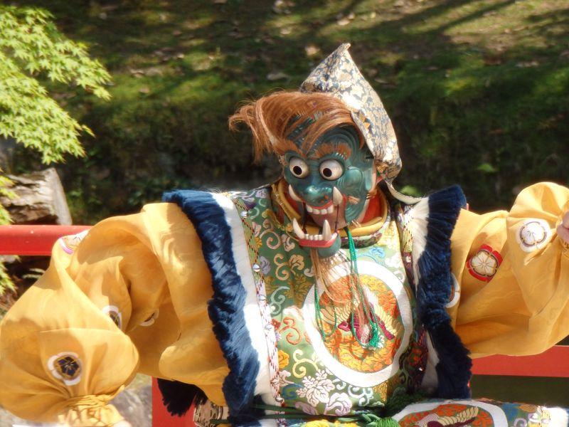 練り行列や舞楽を堪能!奈良の世界遺産・東大寺の聖武天皇祭