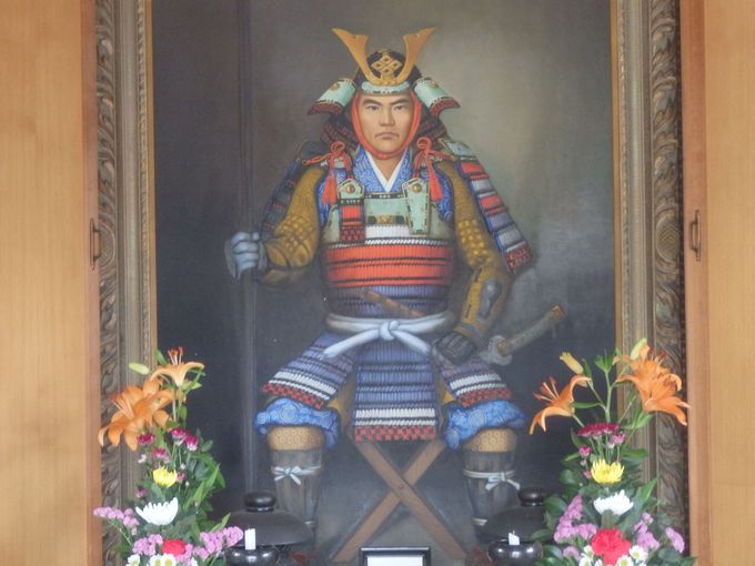 蓮城寺・位牌堂にまつられている重成の肖像