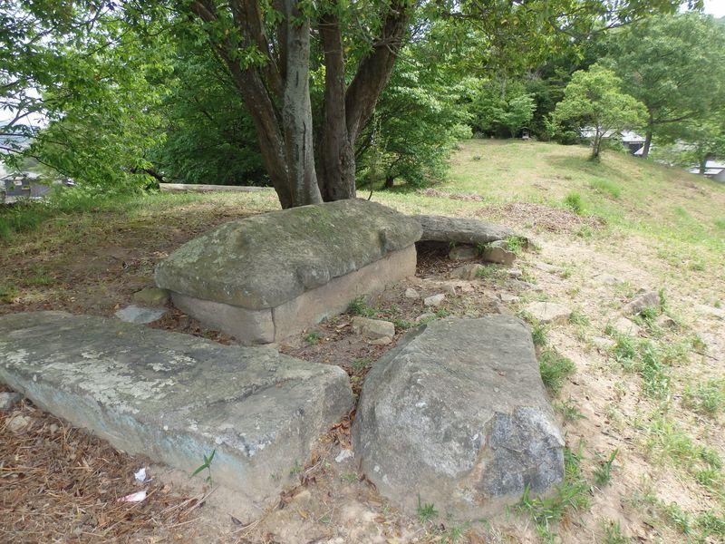 備前地域の古代探訪!石棺を露出させた築山古墳・須恵古代館
