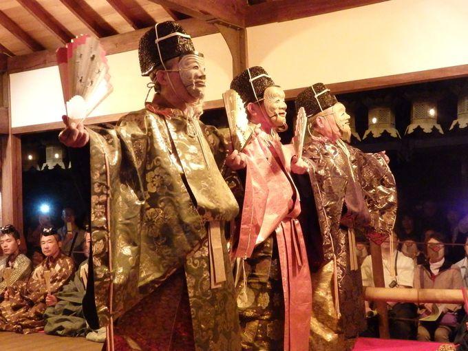 民俗芸能史上、きわめて貴重な「三人舞」