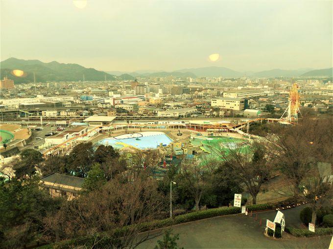 遊園地や姫路城も!回転展望台からの眺め