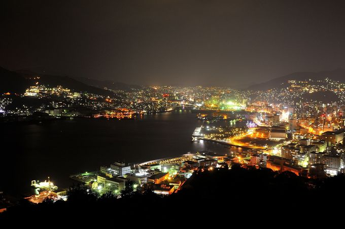 グラバー園から徒歩10分、長崎眺望で1、2を競う鍋冠山