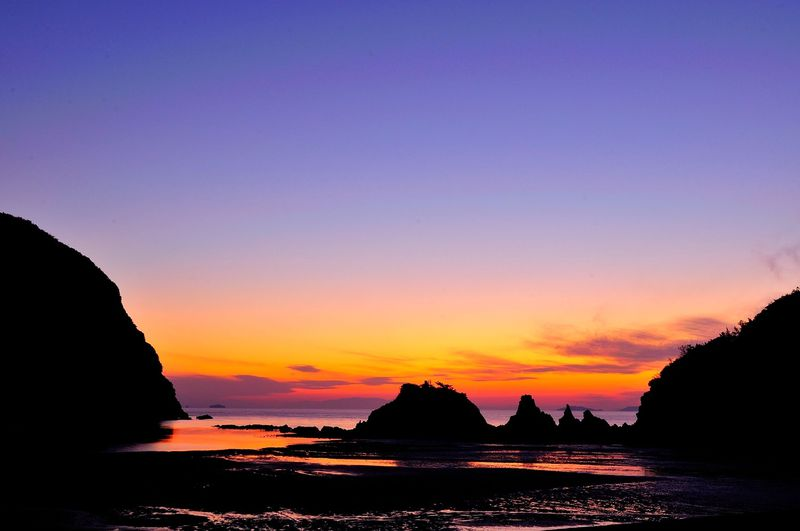 讃岐荘内半島、浦島伝説の浜に沈む感涙の夕陽!