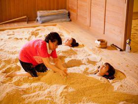 温泉記号発祥の地!群馬「磯部温泉」は癒しの湯も砂塩風呂も楽しめる|群馬県|トラベルjp<たびねす>