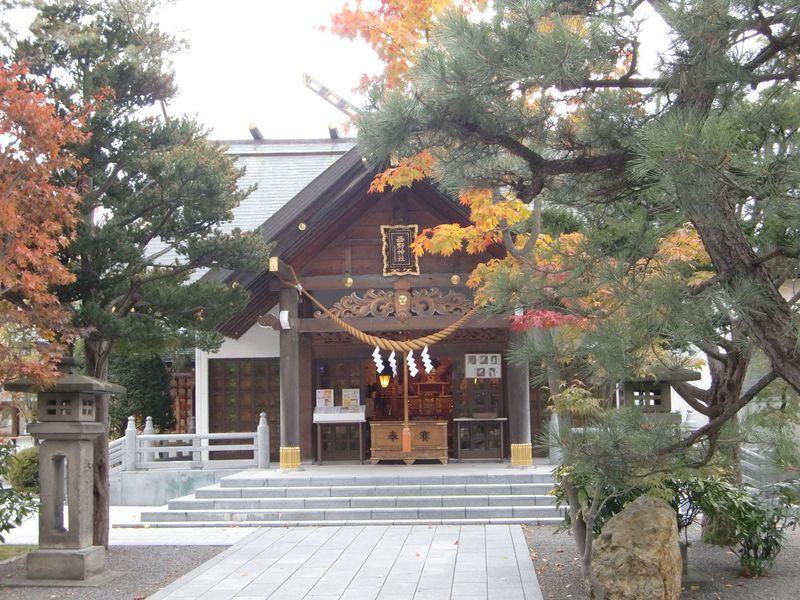 あの有名人も訪れた!女性に人気のパワスポ 札幌「西野神社」