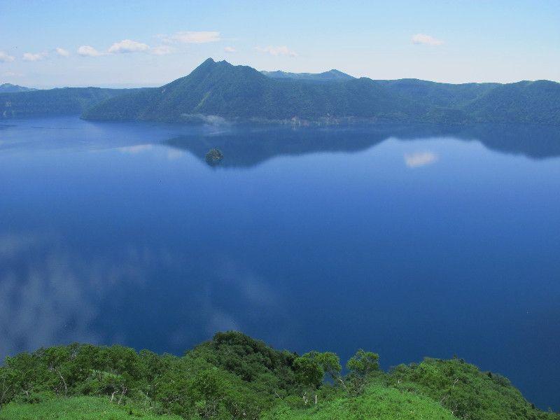 摩周ブルーが美しい神秘の湖 摩周湖