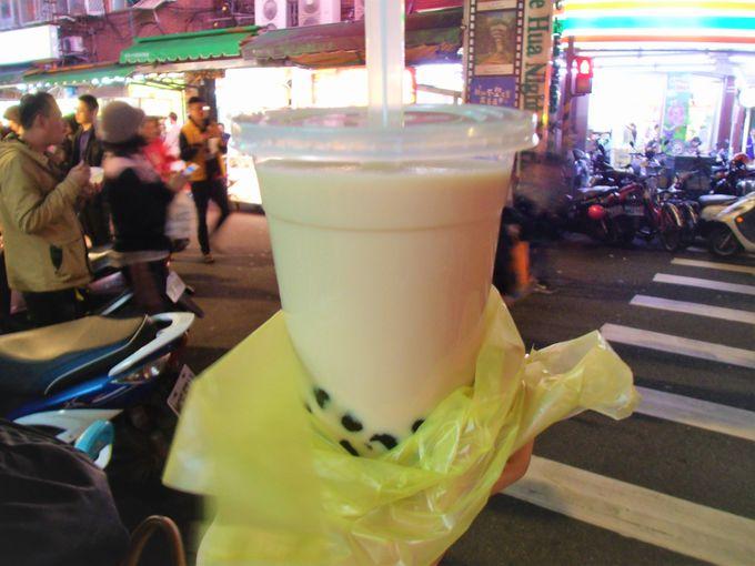 台北からも近い!台湾人おすすめ「楽華夜市」は美食グルメの宝庫